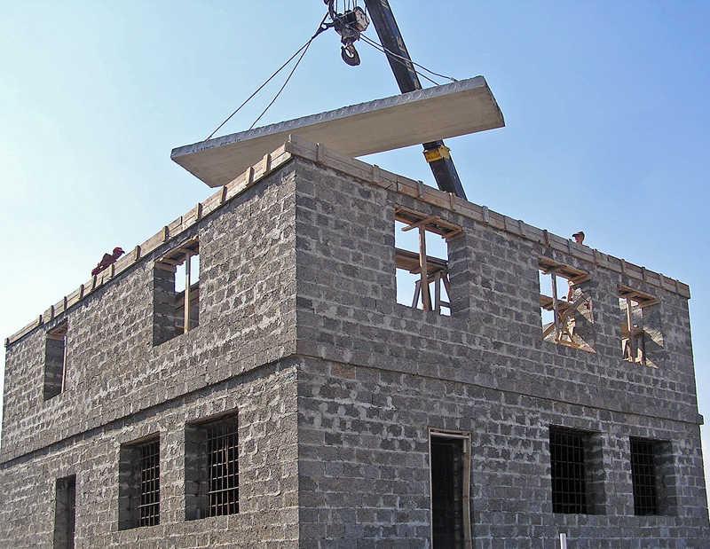 Плитка для отделки фасада дома под кирпич