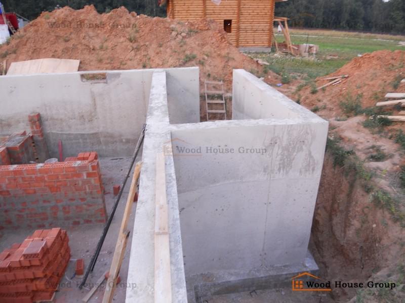 Строительство дома из пеноблоков с цоколем своими руками